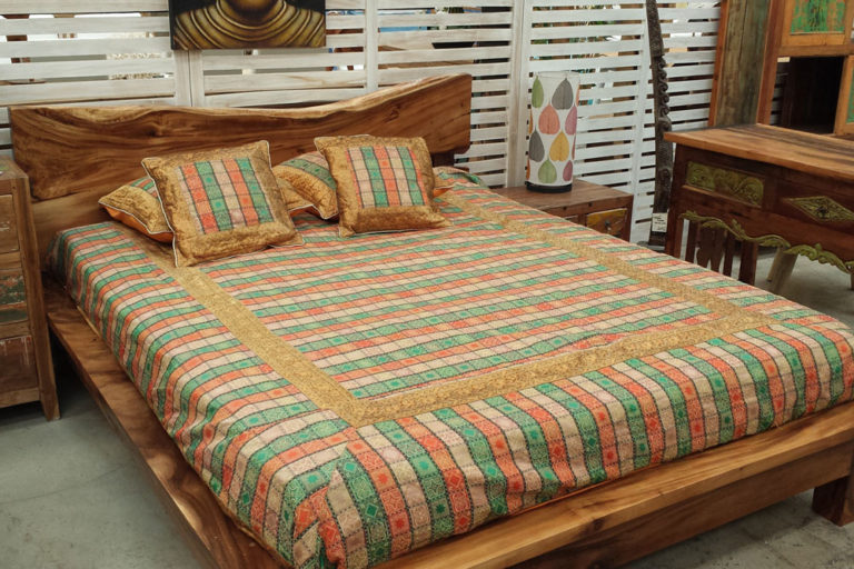 01-teak-bed-monster-fuerteventura